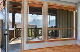 Photo 8: 301 701 Benchlands Trail: Canmore Apartment for sale : MLS®# A1019665
