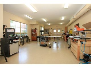 "Photo 19: 106 13860 70 Avenue in Surrey: East Newton Condo for sale in ""Chelsea Gardens"" : MLS®# R2243346"