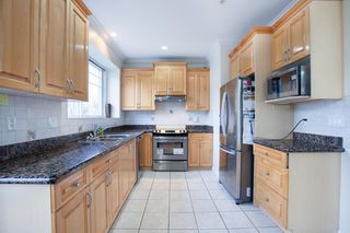 Photo 10: 7845 FRASER STREET in Vancouver: South Vancouver 1/2 Duplex for sale (Vancouver East)  : MLS®# R2320801