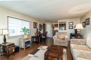 """Photo 5: 44 15875 20 Avenue in Surrey: King George Corridor Manufactured Home for sale in """"SEA RIDGE BAYS"""" (South Surrey White Rock)  : MLS®# R2333311"""