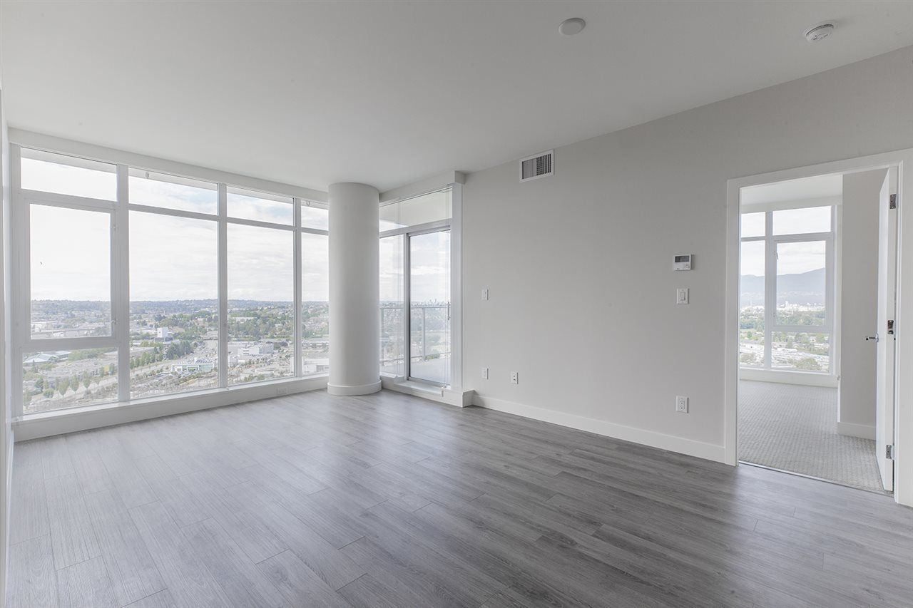 """Photo 6: Photos: 2105 1788 GILMORE Avenue in Burnaby: Brentwood Park Condo for sale in """"Escala"""" (Burnaby North)  : MLS®# R2396907"""