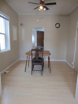 Photo 2:  in Winnipeg: House for sale
