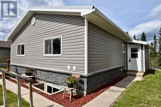 Photo 4: 112 Fir Avenue in Hinton: House for sale : MLS®# A1107925