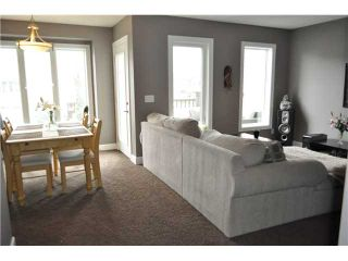 Photo 10: 7 WINDSTONE Green SW: Airdrie Residential Attached for sale : MLS®# C3638273