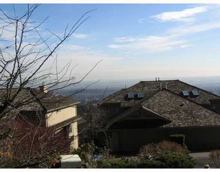 """Photo 2: 58 2979 PANORAMA Drive in Coquitlam: Westwood Plateau Townhouse for sale in """"DEERCREST"""" : MLS®# V690850"""