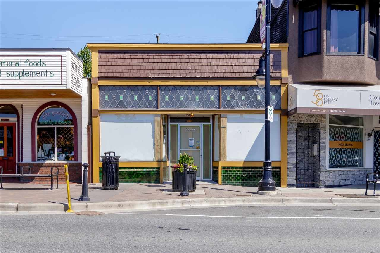 Photo 1: Photos: 33057 1ST AVENUE in Mission: Mission BC Commercial for sale : MLS®# C8033566