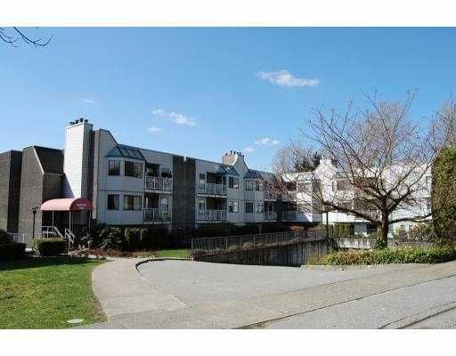 """Main Photo: 108 9584 MANCHESTER Drive in Burnaby: Cariboo Condo for sale in """"BROOKSIDE"""" (Burnaby North)  : MLS®# V760789"""