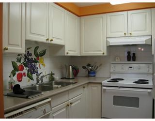 "Photo 7: 502 888 BUTE Street in Vancouver: West End VW Condo for sale in ""THE STAFFORD"" (Vancouver West)  : MLS®# V686166"