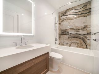 """Photo 14: M408 5681 BIRNEY Avenue in Vancouver: University VW Condo for sale in """"IVY ON THE PARK"""" (Vancouver West)  : MLS®# R2535017"""