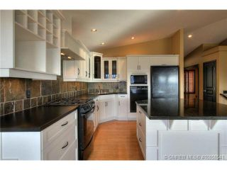 Photo 7: 624 Denali Drive in Kelowna: Residential Detached for sale : MLS®# 10056541