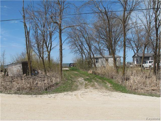 Main Photo:  in St Laurent: Laurentia Beach Residential for sale (R19)  : MLS®# 1712966