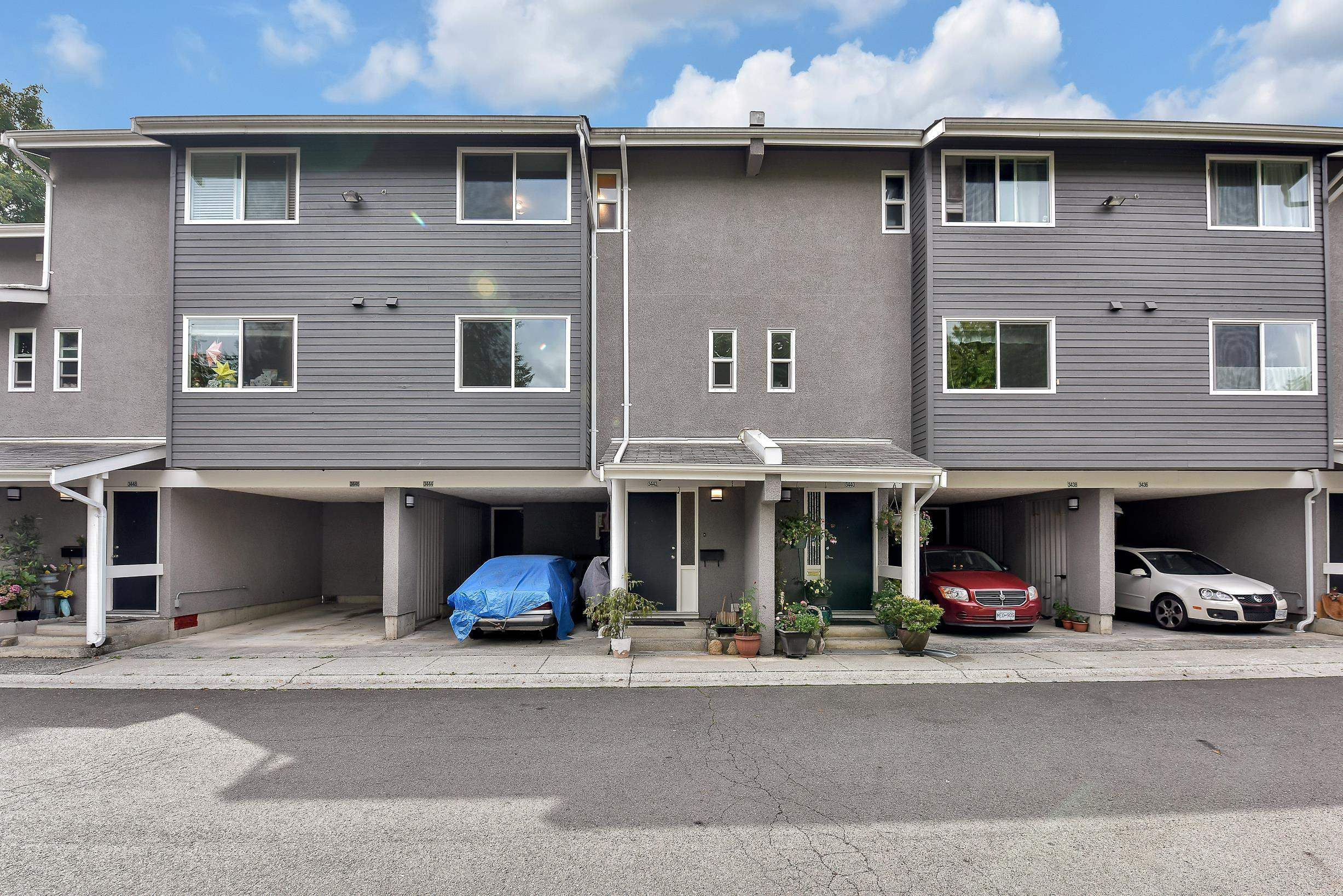 Main Photo: 3442 COPELAND Avenue in Vancouver: Champlain Heights Townhouse for sale (Vancouver East)  : MLS®# R2611646