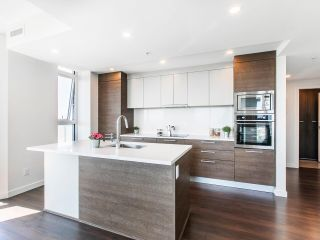 """Photo 16: 2205 285 E 10TH Avenue in Vancouver: Mount Pleasant VE Condo for sale in """"The Independent"""" (Vancouver East)  : MLS®# R2599683"""