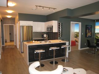Photo 4: 502B 2711 Kingsway in Vancouver: Condo for sale (Vancouver East)