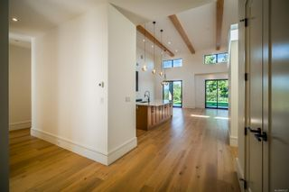 Photo 5: 2355 Lairds Gate in : La Bear Mountain House for sale (Langford)  : MLS®# 887221
