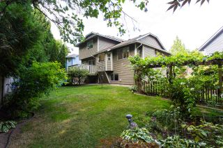 "Photo 19: 10447 GLENMOOR Place in Surrey: Fraser Heights House for sale in ""Fraser Glen"" (North Surrey)  : MLS®# R2406510"