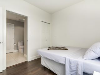 """Photo 11: 314 2250 COMMERCIAL Drive in Vancouver: Grandview VE Condo for sale in """"Marquee on Commercial"""" (Vancouver East)  : MLS®# R2154734"""