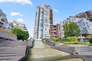 Main Photo: 2501 1000 BEACH AVENUE in Vancouver: Yaletown Condo for sale (Vancouver West)  : MLS®# R2478569