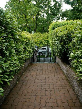 Photo 2: 2338 West 6th Avenue in Magnolia: Kitsilano Home for sale ()  : MLS®# V955629