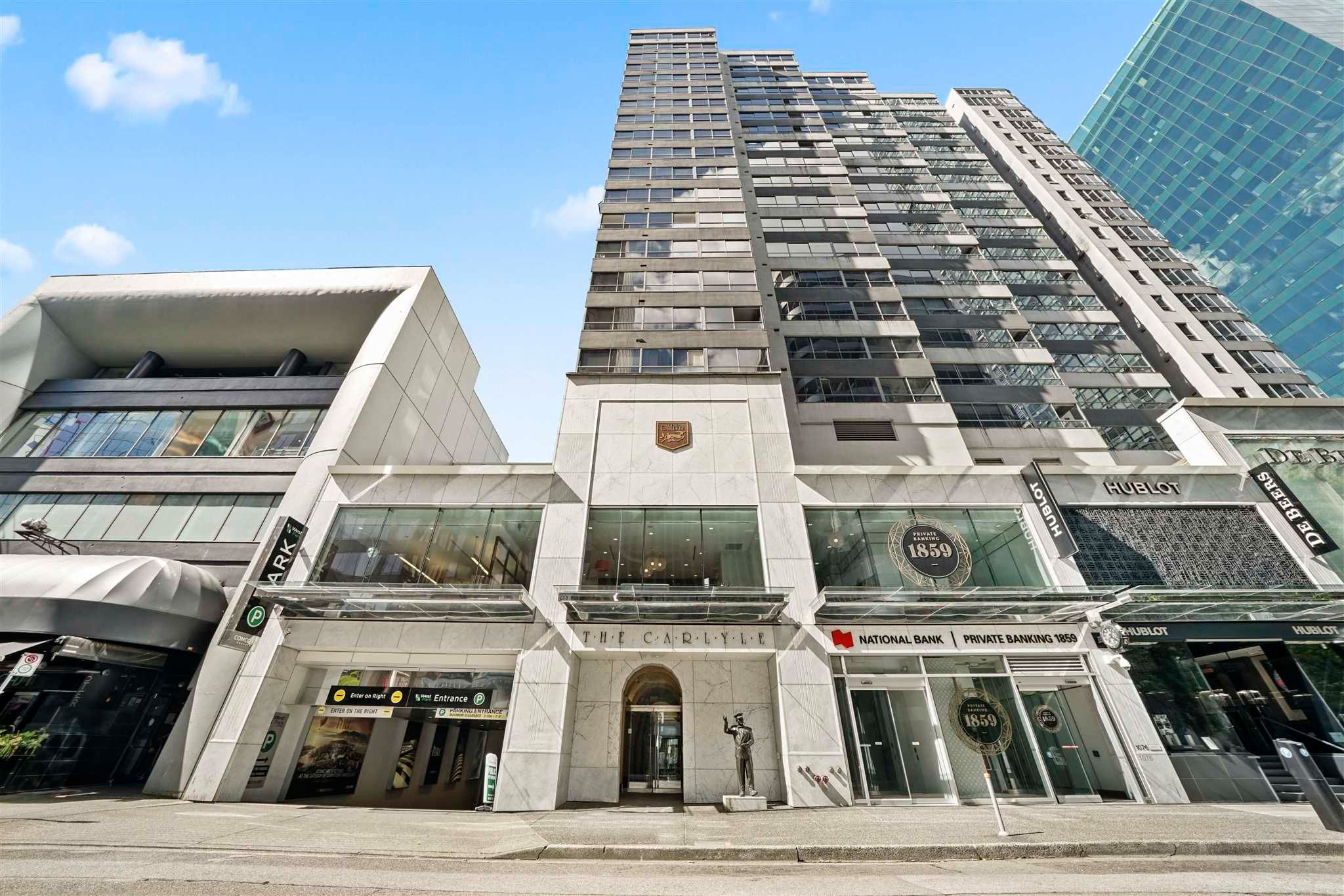 """Main Photo: 404 1060 ALBERNI Street in Vancouver: West End VW Condo for sale in """"CARLYLE"""" (Vancouver West)  : MLS®# R2595878"""