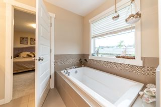 Photo 39: 641 ARMITAGE Crescent: Sherwood Park House for sale : MLS®# E4260662