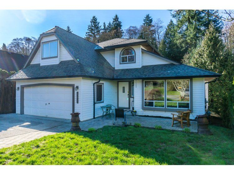 Main Photo: 7757 143 Street in Surrey: East Newton House for sale : MLS®# R2037057