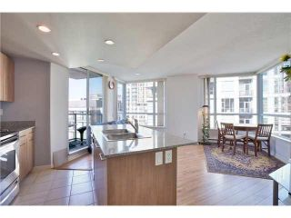 "Photo 6: 1504 1212 HOWE Street in Vancouver: Downtown VW Condo for sale in ""1212 HOWE"" (Vancouver West)  : MLS®# V1109901"