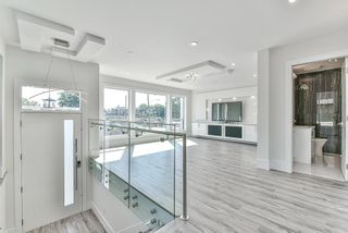 "Photo 3: 3127 268 Street in Langley: Aldergrove Langley 1/2 Duplex for sale in ""ACACIA RIDGE"" : MLS®# R2616823"