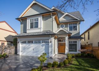Photo 1: 10700 HOLLYBANK Drive in Richmond: Steveston North House for sale : MLS®# R2562038