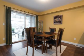 """Photo 10: 24 6555 192A Street in Surrey: Clayton Townhouse for sale in """"THE CARLISLE"""" (Cloverdale)  : MLS®# R2030709"""