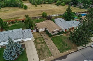 Photo 11: 110 Assiniboine Drive in Saskatoon: River Heights SA Residential for sale : MLS®# SK866495