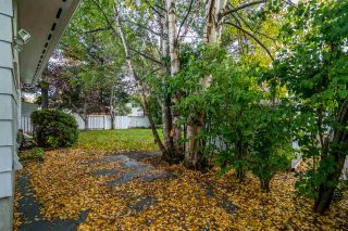 """Photo 3: 5935 SELKIRK Crescent in Prince George: Lower College House for sale in """"COLLEGE HEIGHTS"""" (PG City South (Zone 74))  : MLS®# R2408798"""