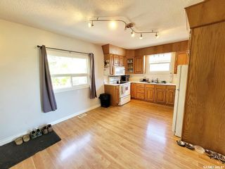 Photo 4: 715 3rd Avenue West in Meadow Lake: Residential for sale : MLS®# SK860959