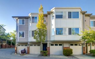Photo 1: 55 15450 101A AVENUE in Surrey: Guildford Townhouse for sale (North Surrey)  : MLS®# R2483481