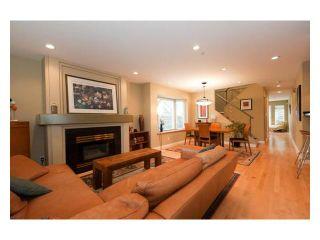 Photo 2: 2961 W 5th Avenue in Vancouver: Kitsilano 1/2 Duplex for sale (Vancouver West)  : MLS®# V920656