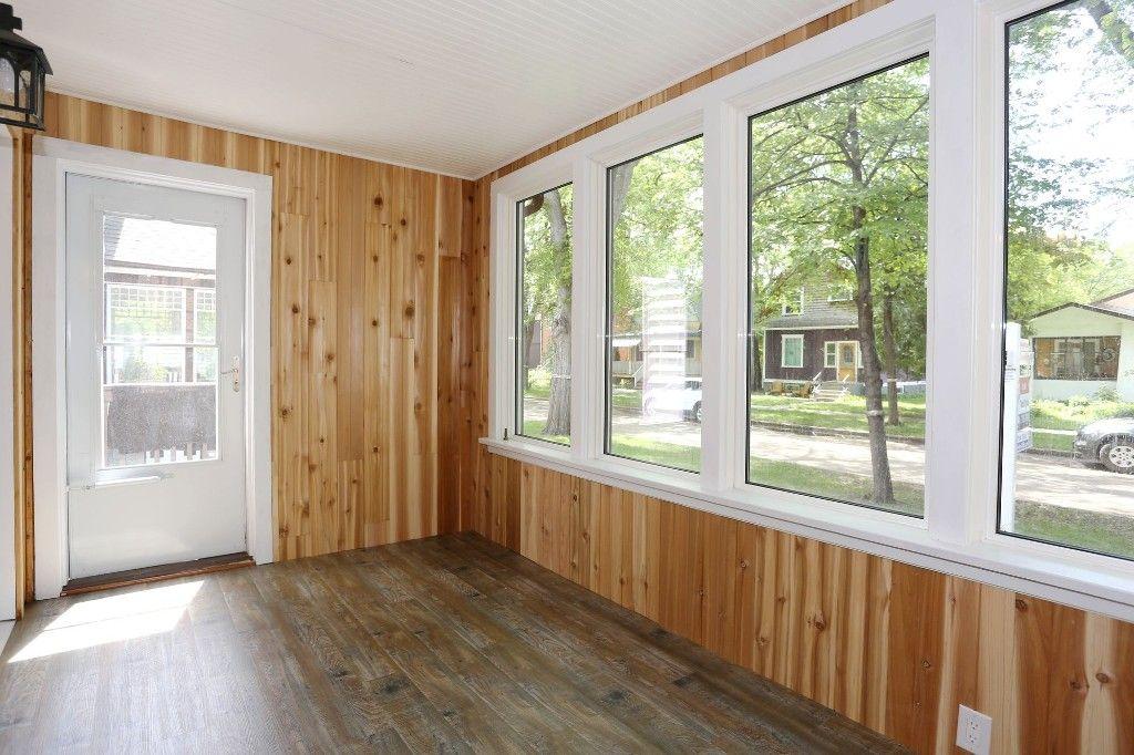 Photo 3: Photos: 233 Lipton Street in Winnipeg: Wolseley Duplex for sale (5B)  : MLS®# 1715525