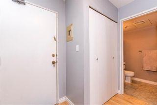 Photo 4: 104 2747 Quadra St in : Vi Hillside Condo for sale (Victoria)  : MLS®# 804216