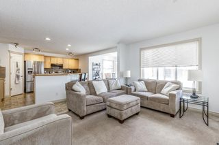 Photo 3: 85 Evansmeade Circle NW in Calgary: Evanston Detached for sale : MLS®# A1067552
