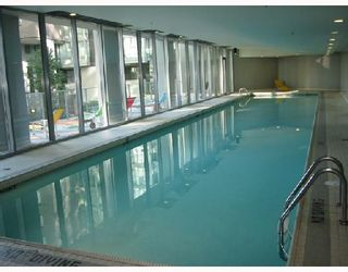 """Photo 9: 1003 550 PACIFIC Street in Vancouver: False Creek North Condo for sale in """"AQUA AT THE PARK"""" (Vancouver West)  : MLS®# V669105"""