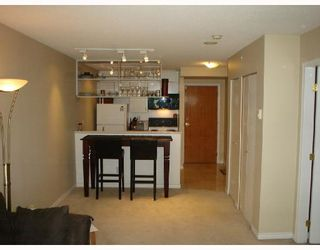 """Photo 1: 508 939 HOMER Street in Vancouver: Downtown VW Condo for sale in """"PINNACLE"""" (Vancouver West)  : MLS®# V658295"""
