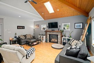 Photo 7: 3334 Sewell Rd in : Co Triangle House for sale (Colwood)  : MLS®# 878098