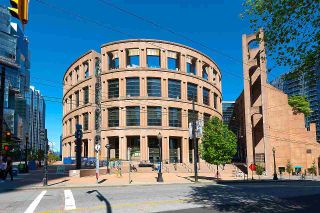 """Photo 36: 2203 833 HOMER Street in Vancouver: Downtown VW Condo for sale in """"Atelier on Robson"""" (Vancouver West)  : MLS®# R2590553"""