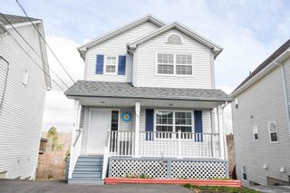 Photo 1: 16 Victoria Drive in Lower Sackville: 25-Sackville Residential for sale (Halifax-Dartmouth)  : MLS®# 202108652
