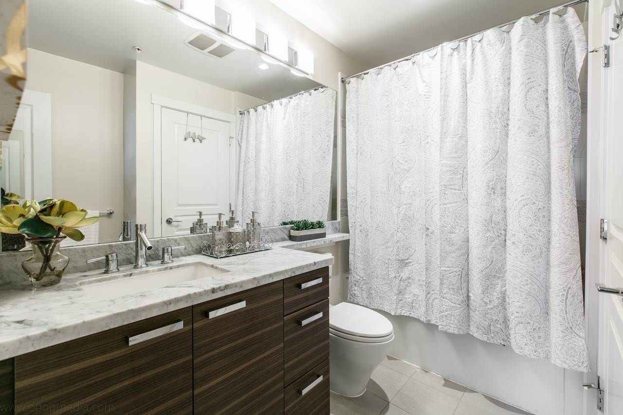 """Photo 7: Photos: 156 9388 MCKIM Way in Richmond: West Cambie Condo for sale in """"MAYFAIR PLACE"""" : MLS®# R2040447"""