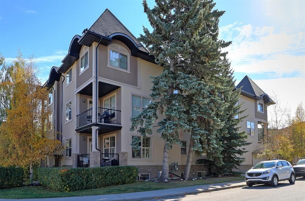 Main Photo: 301 3704 15A Street SW in Calgary: Altadore Apartment for sale : MLS®# A1153007