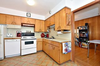 Photo 6: 2627 E 56TH Avenue in Vancouver: Fraserview VE House for sale (Vancouver East)  : MLS®# R2243250