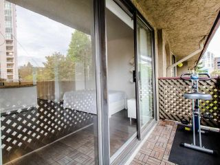 """Photo 14: 314 436 SEVENTH Street in New Westminster: Uptown NW Condo for sale in """"Regency court"""" : MLS®# R2404787"""