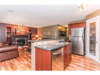 Photo 4: 216 ROYAL ELM Road NW in Calgary: Royal Oak House for sale : MLS®# C4054216