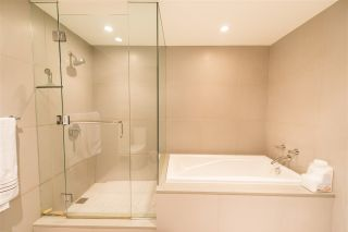 """Photo 15: 2405 HEATHER Street in Vancouver: Fairview VW Townhouse for sale in """"700 WEST 8TH"""" (Vancouver West)  : MLS®# R2366688"""