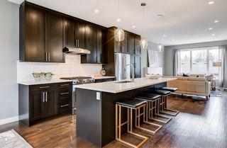 Photo 9: 3120 43 Street SW in Calgary: Glenbrook Semi Detached for sale : MLS®# A1080374
